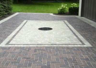 Driveway with Drain